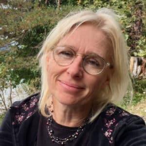 Dr Edith Schratzberger